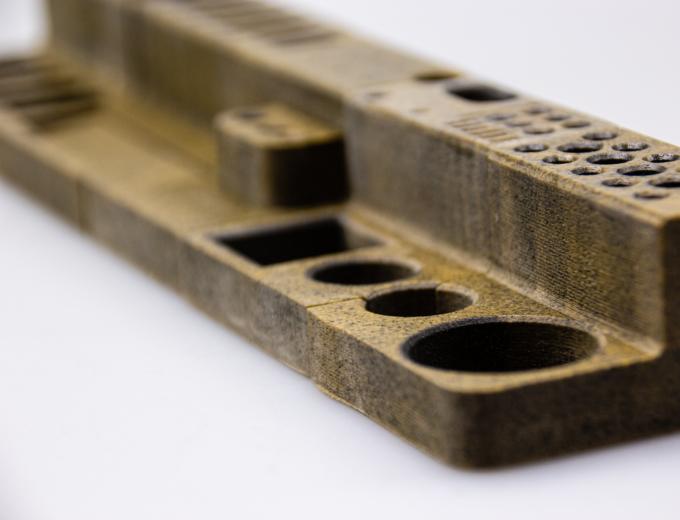 Ceramic parts 3D printed on FLUX CORE